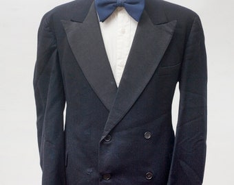 Men's Tuxedo / Vintage Double-Breasted Two-Piece Black Suit / Size 42 Medium Large