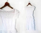 Vintage 50s Dress / White Eyelet Dress / White 1950s Dress / Cascade Dress / XXS