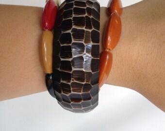 SALE!! Vintage 70's bohemian Bracelet set // bangle & stretchy bracelet Lot // Costume Jewelry