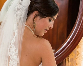 Vintage bridal earrings, Champange crystal Wedding earrings, Bridal jewelry, Swarovski golden shadow crystal, Antique gold earrings, ASHLYN