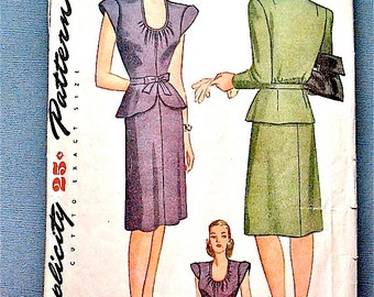Vintage early 1940s sewing pattern from Simplicity 1172.  Bust 32 inches.