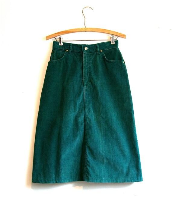 L.L. Bean Pine Green High Waist Corduroy Skirt - Vintage