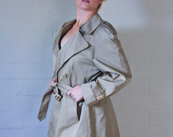 Vintage 1960s Tan Short Trench Coat With Belt - Size XLarge