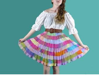Vintage 80s Ethnic Skirt Sheer Gauze Tiered Ruffle Peasant Skirt Bohemian Tie Dye Mini Skirt High Waist Boho Festival Hippie Skirt M / L