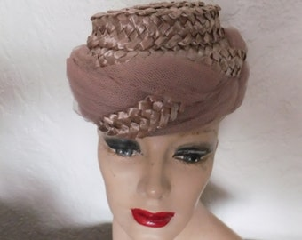 Vintage Hat Brown Cellophane Straw Vogue Mont Designer Retro Accessories Chicago New York 1950s