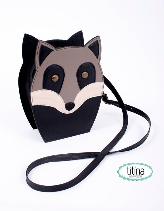 SALE before 45usd mr raccoon bag
