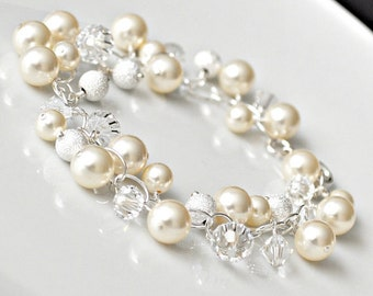 Pearl Cluster Bracelet, Ivory Pearl and Crystal Bridal Bracelet, Bridal Jewelry Bracelet