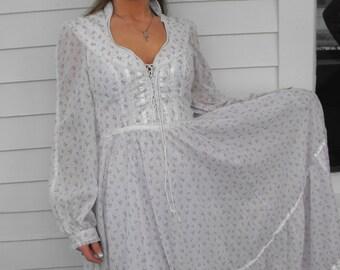 Vintage 70s Gunne Sax Dress Corset Prairie Floral Print Lace XS S Full Length