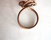 Vintage 1970s Twisted Copper Wire Ring - Dramatic - size 9 - 10