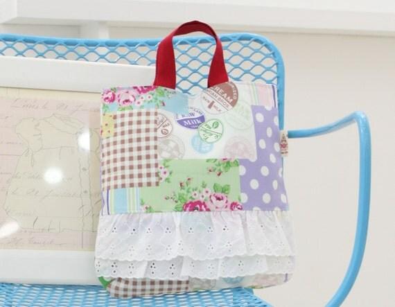 no 205 The Leslie Frill Bag