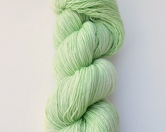 Celery - Hand dyed, superwash, BFL, nylon, sock, yarn, 464 yards