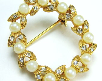 Vintage Pin with Faux Pearls and Rhinestones