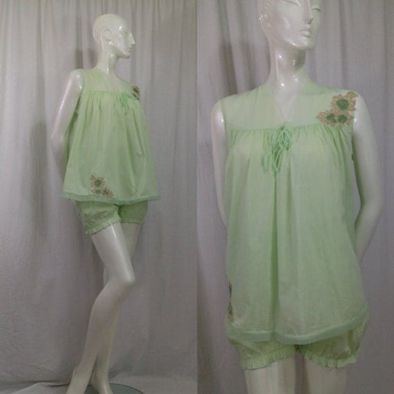 Vintage 1960s Pale Green Baby Doll Pajamas Bloomers Pinehurst