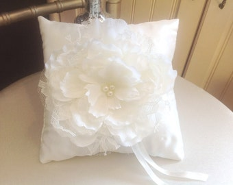 Ring Pillow, Ring Bearer Pillow, Ring Boy Pillow, Satin Ring Pillow, Satin Pillow, Lace Ring Pillow, White Ring Pillow, Flower Girl Basket
