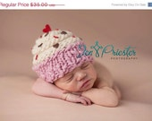 Cupcake Hat... newborn cupcake hat... baby hat.. photo prop.... photography prop..Newborn photo pr...20% off with code VALEN1 at checkout