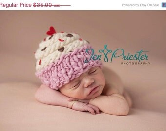 Cupcake Hat... newborn cupcake hat... baby hat.. photo prop.... photography prop..Newborn photo pr...25% off at checkout with code SEPT1