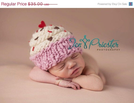 Cupcake Hat... newborn cupcake hat... baby hat.. photo prop.... photography prop..Newborn photo pr...30% off with CHRISTMAS1 at checkout