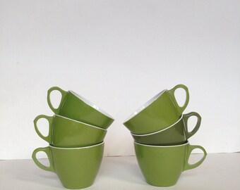 Vintage Set of Six Avocado Green Plastic Mugs - Retro Kitchen Home Decor