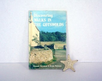 Vintage Guidebook (1983) Discovering Walks in the Cotswolds - Paperback