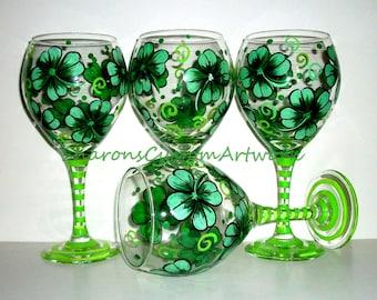 Handpainted Wine Glasses 4 leaf Clover, Shamrocks, Irish Wedding,  Hand painted Set of 4 20 oz.. Made to Order