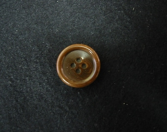 Brown Buttons Suiting buttons 3 sizes - Lot of 4 buttons