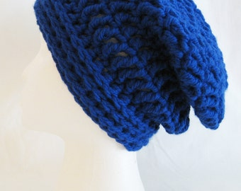Chunky slouch beanie soft and thick made to fit teen and adults royal blue