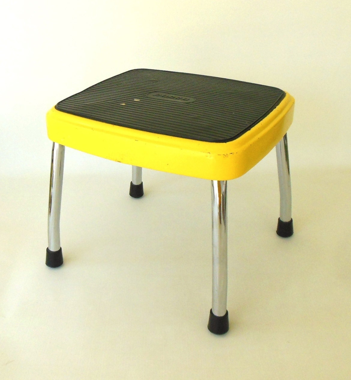 Cosco Metal Step Stool Bright Yellow Vintage Kitchen Furniture