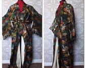 Vintage Mid Century Black Kimono with Pagoda Print XL