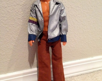 1988 Malibu Ken Doll with outfit