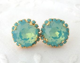 Mint earrings,opal stud earrings,Swarovski earrings,crystal studs,Aqua Mint stud earrings,Mint Bridal earrings,Mint Bridesmaid gifts,gold