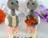 "Wedding dodo cake topper, love birds with banner, customizable, more than 4"" tall, vintage wedding"