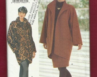 Butterick 3557 Lined Coat Loose Fitting Dropped Shoulder with Pads Taped to a High Low Hemline Sizes 6 - 12 UNCUT