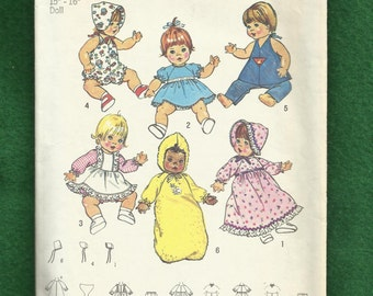 Vintage 1975  Simplicity 7208 Baby Doll Clothes Pattern for 15 - 16  inch Dolls UNCUT