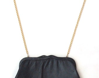 Vintage Ande purse with chain strap