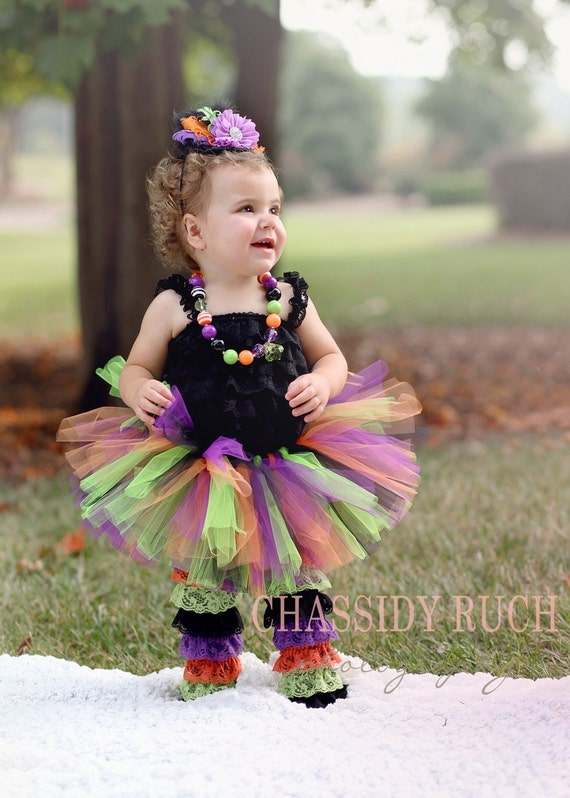 Halloween Tutu Costumes: Halloween Baby Tutus: Halloween Girls Tutus. Your little angel will definitely be chosen for the best Halloween costume when she enters the party in one of our custom made tutu halloween costumes. We have fairy Halloween tutu costumes to Bumble Bee Halloween tutus to Halloween tutus for babies, toddlers and even big girls.