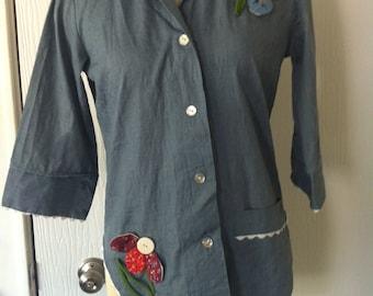 Cute Denim Button Up Vintage size P