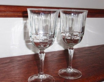 "2 D'ARQUES ARCADE Bengale France Luminarc Clear Crystal Decagon Panel Goblets Glasses 7 1/4"" Wine Water Stems Excellent Condition"