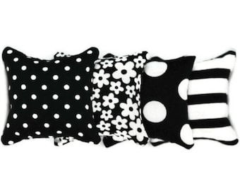 Black/White Flowers, Spots and Stripes Catnip Pillows (set of 4)