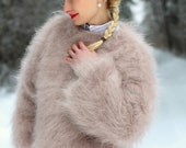 Made to order thick fuzzy hand knitted mohair sweater, unisex handgestrickte pullover in light beige by SuperTanya