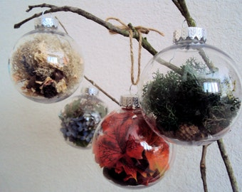 Set of Four Woodland Christmas Baubles - Rustic Holiday Ornaments - Decorative Orbs Filled with Acorns, Moss, and Leaves - Nature Fairy Ball