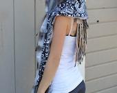 Black and White Paisley Faux Fur Hoodwrap