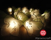 20 White Rain Lilly Flower Fairy String Lights Hanging Wedding Gift Party Patio Wall Floor Garden Bedroom Home Accent Floral Decor 3m