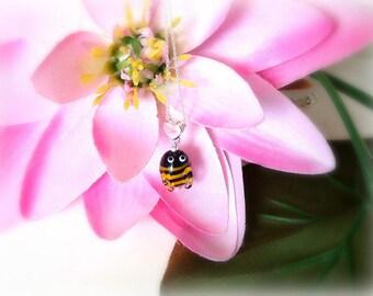 Children Lampwork Necklace - Handmade artisan Honey Bee Glass Pendant - OOAK - Children jewelry - Necklace for Girls