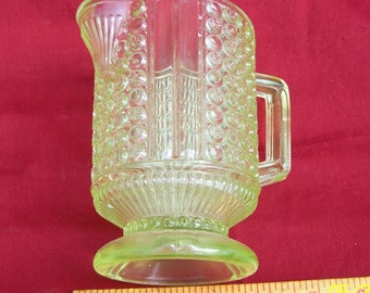 Richards & Hartley canary yellow  Vaseline glass pitcher