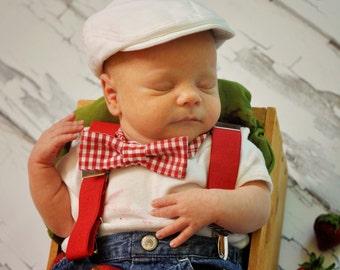 White newsboy hat, Linen newsboy hat, Christening hat, Baptism hat, Ring bearer hat, white newsboy cap, white flat cap - made to order