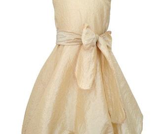 "Balloon dress ""Taft"", color of vanilla, size 104-128, 55% polyester"