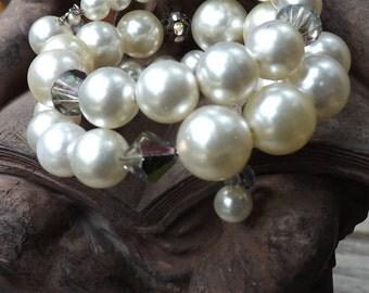 Vintage Wedding Pearl Memory Wire Bracelet