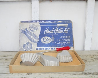 Handi Hostess Kit Patty Molds. Deep Fry for Parties, Dinners, Luncheons 1950's