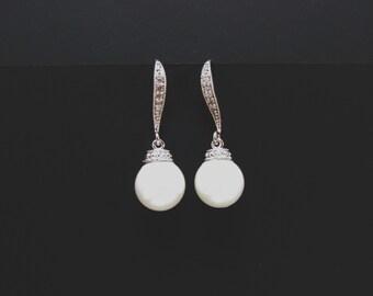 round pearl bridal earring , cz pearl earring , pearl drop earring , silver pearl earrings , pearl bridesmaid earring , pearl earrings