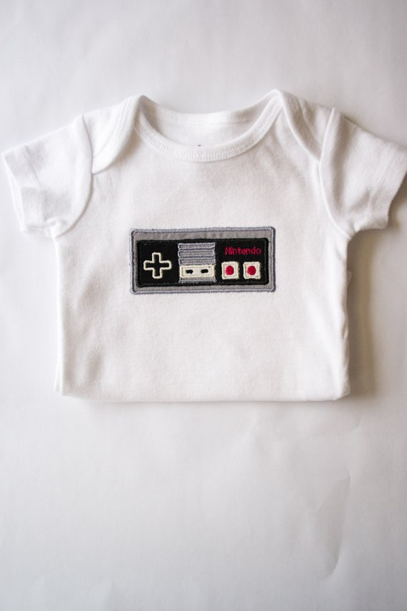 Classic Nintendo Controller Bodysuit, Gamer Baby, Geeky Baby, Baby Shower Gift Ideas